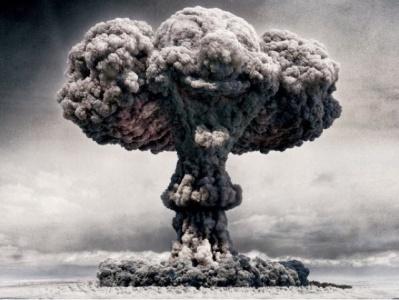 أكذوبة السلاح النووي