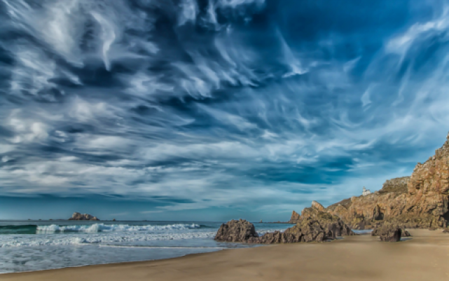 البحر في السماء.jpg (348 KB)