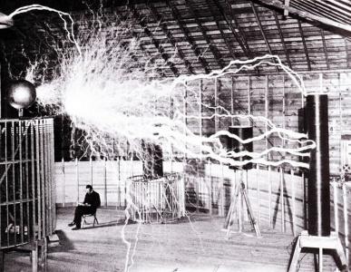 هل تنتقل الطاقة الكهربائية لاسلكيا ؟