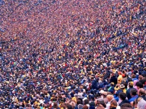 poeple.jpg (89 KB) تعداد السكان البالون الفارغ - تزوير الإحصائيات